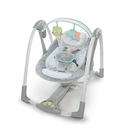Ingenuity, Hugs & Hoots zusammenklappbare und tragbare Babyschaukel mit 5 Schaukelgeschwindigkeiten, 8 Melodien, Lautstärkeregulierung und abnehmbarem Spielzeugbügel